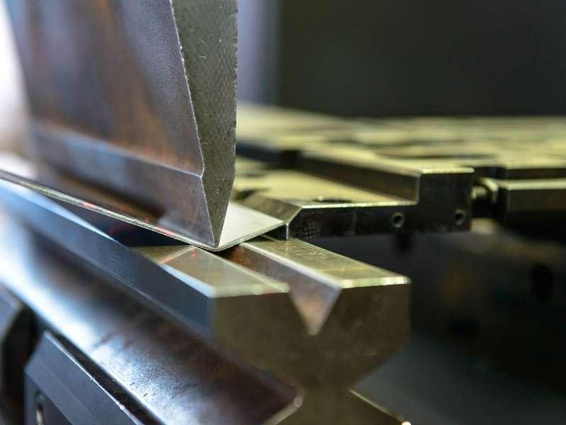 Piegatura lamira steelproject modena vignola