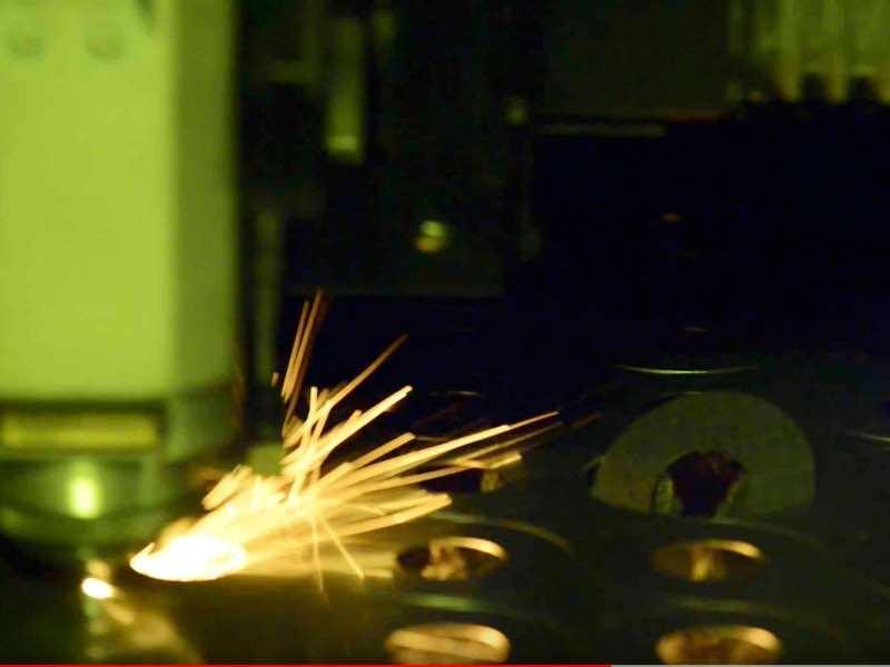Taglio laser fibra - modena- steelproject
