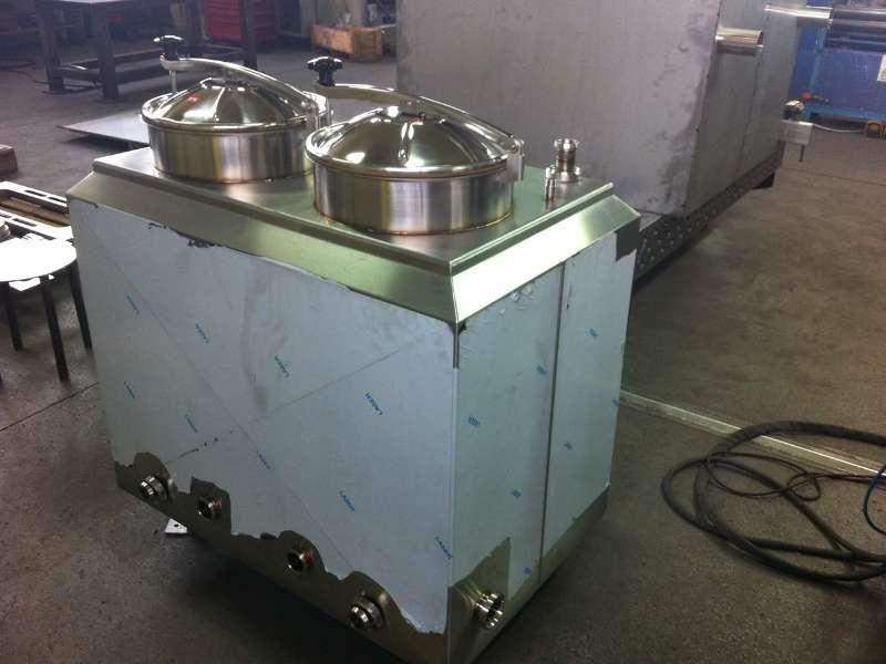 vasca coibentata in acciaio inox AISI 304